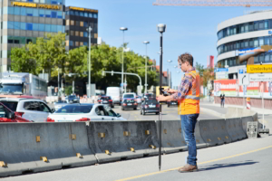 trimble-r12-gnss-receiver